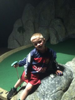 jamie at mini golf 1